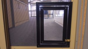 pet door - black